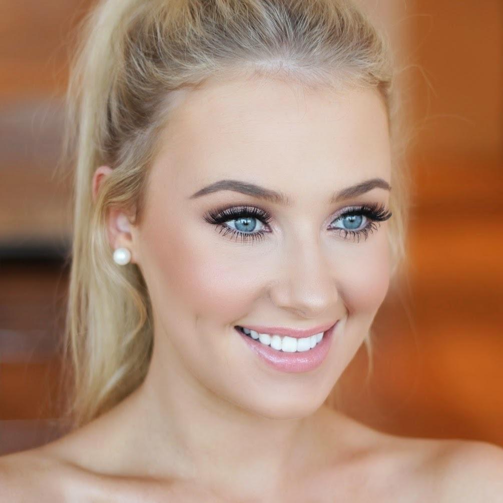Нежный свадебный макияж для голубых глаз для блондинок